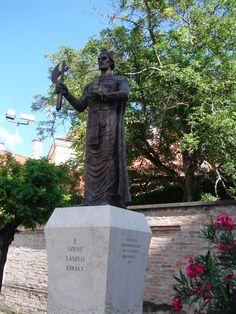 Szent László szobor Garden Sculpture, Buddha, Statue, Outdoor Decor, Art, Art Background, Kunst, Performing Arts, Sculptures