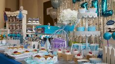Foto 1/7 Frozen Party (Sweet Corner Themed) #sweetcorner #sweettable #frozenparty #frozensweetcorner #birthdayparty