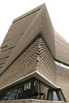 London. Tate Modern Switch House. Herzog & de Meuron