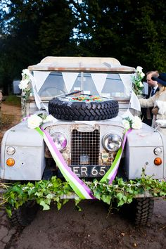 Rustic Barn Festival Wedding by Sarah Legge Photography