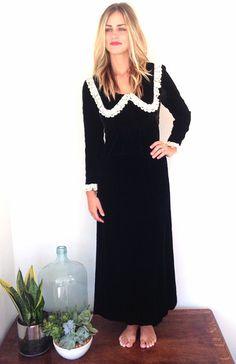 vintage hippie black soft velvet maxi dress by threethriftygypsies, $65.00