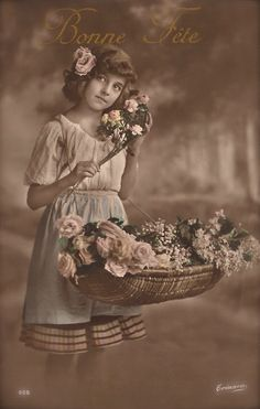 Grete Reinwald, Famous Edwardian German Stage & Film Actress Beautiful Romantic Portrait with Basket of Flowers Original Rare 1910s Postcard