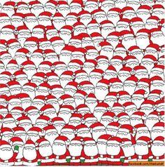 Una pecorella nascosta tra decine di babbi Natale. L