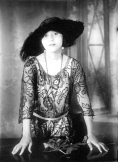 Mildred Parson Mason Larkins, photographed by Richard Aloysius Twine (1896-1974) of Saint Augustine, Florida between 1922 and 1927. Photo: State Archives of Florida, Florida Memory.
