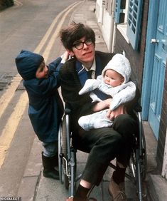 Professor Hawking in the 1970's with his children Robert and Lucy Professor Stephen Hawking, History Of Time, Physicist, Book Week, Love Stars, Almost Always, Love People, Writing A Book, Love Life