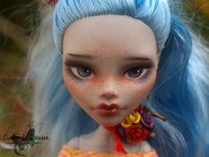 Monster High OOAK repaint Ghoulia Yelps Doll