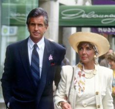 """George Hamilton Says of Previous Flame Elizabeth Taylor, """"A Year With Her Could Fill a Lifetime"""" George Hamilton, Best Friends Forever, Old Tv, Elizabeth Taylor, Vintage Hollywood, Actors & Actresses, Singer, Guys, Celebrities"""