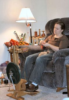 Abby's Yarns~~Abby Franquemont's blog with tons of info on spinning