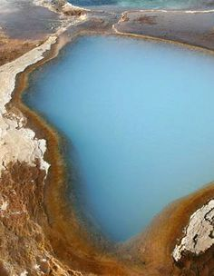 The Blue Lagoon : An amazing blue pool in the geyser area