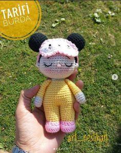 Share this: - crochet patterns Crochet Patterns Amigurumi, Amigurumi Doll, Crochet Dolls, Crochet Gifts, Cute Crochet, Crochet Baby, Infant Activities, Lana, Crochet Projects