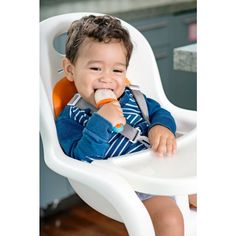 What are the best ways to help a teething baby? Cold, pressure, topical remedies, keeping drool off baby's neck, distractions, and OTC medications!