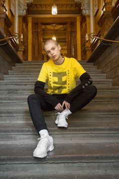 Reebok Russia stirs controversy with 'face sitting' slogan