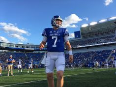 University of Kentucky Wildcats 2016 home football uniform