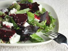 Roasted Beet, Mint and Feta Salad: A colorful salad that packs a ton a flavor. An fresh and elegant start to any meal!