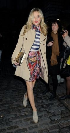 What to Wear: With a Trench Coat // Laura Whitmore plays up her prints against a neutral canvas