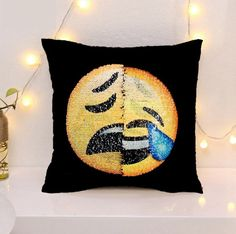 2017 New Cute Diy Changing Face Emoji Decorative Pillows Sequin Pillow Smiley Face Pillow Sofa Cushion Home Decor