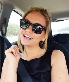 Niby środa, a jakby piątek... taki tydzień to ja rozumiem😎😎#polishgirl #selfie #me #portrait #sunglasses #rayban #car #travel #cartravel… Cat Eye Sunglasses, Vogue, Make Up, Selfie, Instagram, Fashion, Moda, Fashion Styles, Makeup