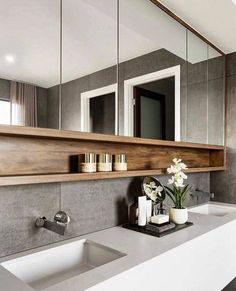 Gorgeous Bathroom Mirror Design Ideas - The fashionable bathroom mirrors with lights. Many people nowadays are interested in purchasing the LED mirrors. Bathroom Mirror Design, Modern Bathroom Design, Bathroom Interior Design, Bathroom Mirrors, Bathroom Cabinets, Bathroom Storage, Bathroom Faucets, Master Bathrooms, Modern Bathrooms