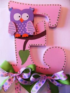 Owl Bow Holder by SassyPeasDesigns on Etsy, $20.00