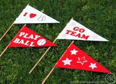 DIY Baseball Pennants | The kids can show their team spirit with this great craft!