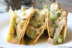 Mix and Match Mama: Dinner Tonight: Green Chile Chicken Baked Tacos
