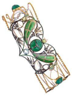 AN ART NOUVEAU DIAMOND, AQUAMARINE, PERIDOT, CHRYSOPRASE, BROOCH/NECKLACE, CIRCA 1900, IN A MAISON AUGER CASE. #ArtNouveau #brooch #necklace
