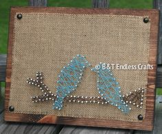 Birds Burlap and String art by BandTEndlessCrafts on Etsy Nail String Art, String Crafts, Burlap Crafts, Crafty Projects, Art Projects, Arte Pallet, Crafts To Make, Arts And Crafts, Arte Linear