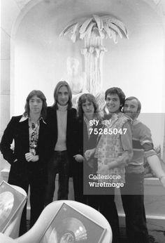 : Steve Hackett, Mike Rutherford, Tony Banks, Peter Gabriel and Phil Collins of Genesis in 1975 (Photo by Chris Walter/WireImage)