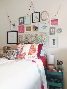 My boho chic Anthropologie inspired dorm room at SCAD