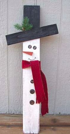All you need are a few supplies and Glue Dots Advanced Strength adhesive to make this adorable wooden snowman for home. All you need are a few supplies and Glue Dots Advanced Strength adhesive to make this adorable wooden snowman for home. Wooden Christmas Crafts, Rustic Christmas, Christmas Projects, Holiday Crafts, Christmas Ornaments, Christmas Trees, Snow Men Crafts, Crafts For Christmas Decorations, Christmas Christmas
