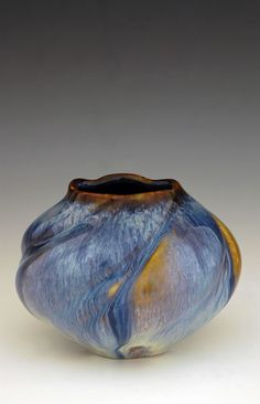 Bill Campbell | Forget me not vase