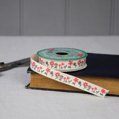 Vintage Crafts Cotton Ribbon Red Flower Bed   dotcomgiftshop   Winter Sale Now On