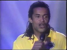 Yannick Noah and John Mc Enroe - Live Bercy 24 05 92 English, Songs, Live, Youtube, English English, English Language, Song Books, Youtubers, Youtube Movies
