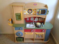 Little Tikes Deluxe Wooden Kitchen U0026 Laundry Centre