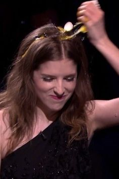 Anna Kendrick Totally Schools Jimmy Fallon In 'Egg Russian Roulette'