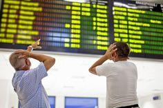 Wenn Ferienfliger sich verspäten.Fluggästen steht bei Verzögerungen bis zu 600 Euro Entschädigung zu. Lesen Sie den Artikel im Seniorenblog: http://der-seniorenblog.de/seniorenreisen/reisenachrichten-reisenews/. Bild: djd/EUclaim/iStockphoto.com/vm