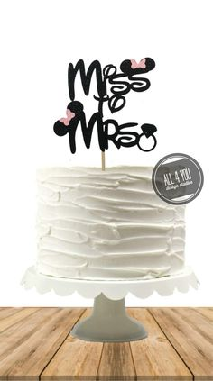 Miss to Mrs Cake topper, Minnie Bridal shower theme, Disney bridal shower, Minnie-inspired Cake Topper, Minnie Engagement