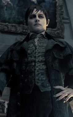 Johnny Depp, Dark Shadows from 15 Best Vampires Not in Twilight Johnny Depp Dark Shadows, Dark Shadows Movie, Scar Lion King, Lion King Jr, Tim Burton Johnny Depp, Tim Burton Films, Johnny Depp Movies, Johny Depp, Movie Stars