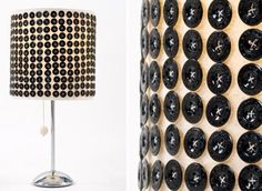 35 button crafts beautiful ideas for creative home decoration Button Lampshade, Weekend Projects, Diy Projects, Diy Luz, Decorate Lampshade, Diy Buttons, Crafts Beautiful, Ideas Geniales, Button Crafts