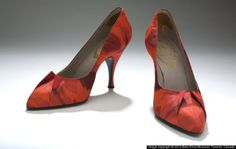 Roger Vivier for Delman‐Christian Dior, French, 1954 This pair of shoes, designed by Vivier for Christian Dior, features a reversed dart detail as the shoes only ornamentation. Christian Dior found in Roger Vivier a designer sympathetic to his interest in tailoring .