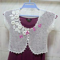 Faceți clic pentru a vizualiza imaginea originală Small Rose, Crochet Top, Shorts, Blouse, Lace, Handmade, Women, Fashion, Tela