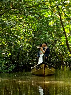 Love everywhere, even in the Mangroves. Looking for a unique location for your wedding photography album? Try the mangroves at the Kilim Karst Geopark!
