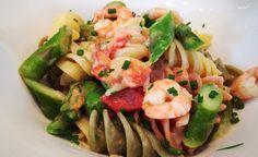 Fusilli mit Shrimps und Spargel von cookingsociety.at Fusilli, Pasta Salad, Potato Salad, Potatoes, Meat, Chicken, Ethnic Recipes, Food, New Recipes