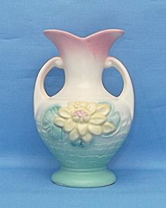 Hull Pottery Water Lily 5 1/2 Vase