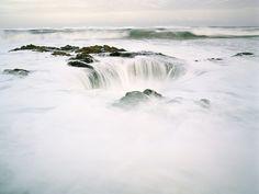 Chasm along Southern Oregon Coast by Zeb Andrews, via Flickr