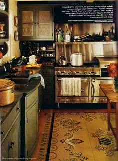 American Farm House – Kitchen Ideas! : Early American Floorcloths love everything about this kitchen cw