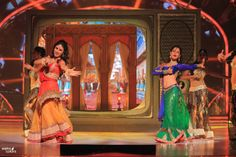 Mauni and Pooja were beautiful in their opening act.  - Jhalak Dikhla Jaa  #JDJFever