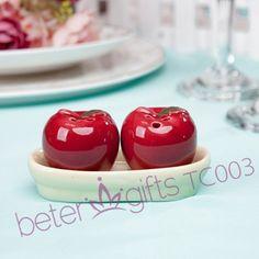 #mariage #betergifts   Livraison gratuite 60 pcs = 30 box ( 2 pcs/caixa ) Apple en céramique sel et poivre Shakers TC003 faveur de mariage, Cadeau de mariage, Souvenir de mariage