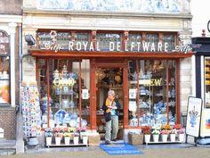 Netherlands waterway trip - Shop in Delft