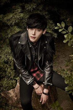 Lee Jong Suk - Vogue Magazine October Issue '13